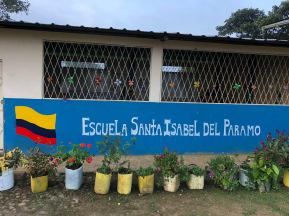 The local school in Santa Isabel near the Refugio